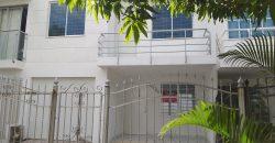 CASA EN CLUB HOUSE